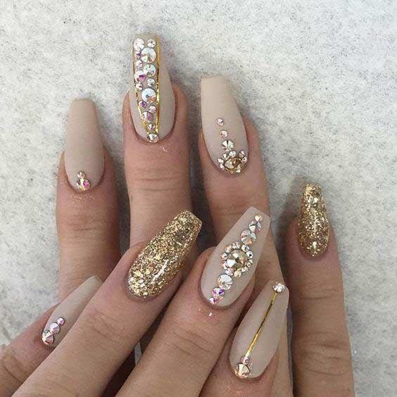 nail inspiration | 2016 fall - winter matte nude + gold ballerina nails