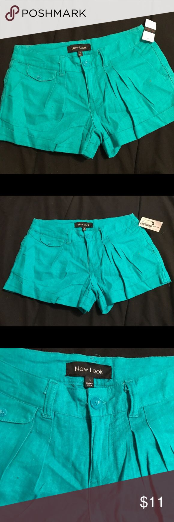 Turquoise shorts (new look) size small Perfect for this summer, brand new with original tags, fast shipping, ask any questions new look Shorts Bermudas