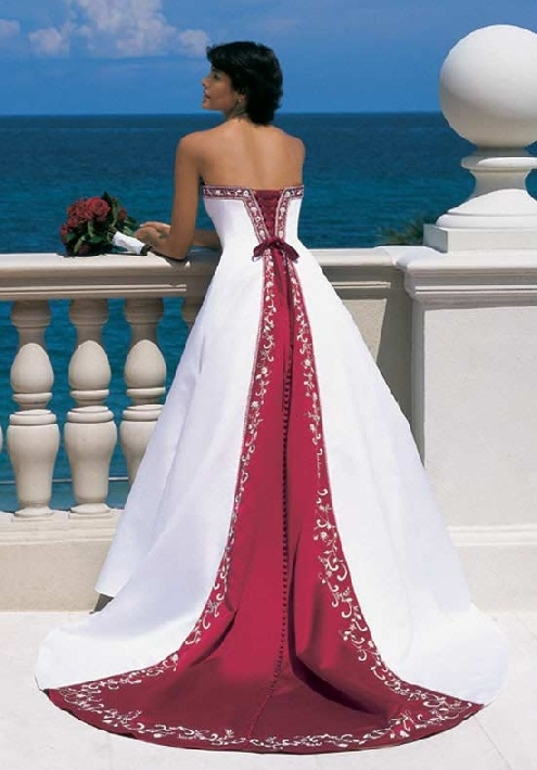 1000 images about formals on pinterest alfred angelo for Alfred angelo black and white wedding dress