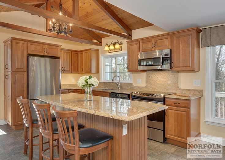 Traditional Cherry Kitchen With Exposed Beams   Norfolk Kitchen U0026 Bath