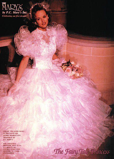 Stunning Valentino resort the perfect modern wedding dress