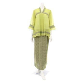 Rimba Muslim Korea Set -CT00339 (Green) Top blouse (cm) Sizes S M L XL Shoulder 35 37 38 39 Bust 47 48 50 56 Sleeve length 41 41 42 42 Blouse length 70 75 76 76 ** Measurement are taken flat in centimetre, double for full body, example, bust 47 x 2=94cm , ** Allow 1-2 cm di... #bajukurung #bajukurungmoden