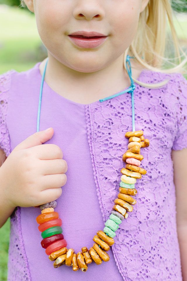 Treat necklaces for the kids at a summer picnic party. Just string pretzels and gummies along a piece of string and they'll be busy munching all afternoon.