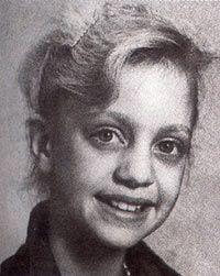 Goldie Hawn childhood photo  http://celebrity-childhood-photos.tumblr.com/