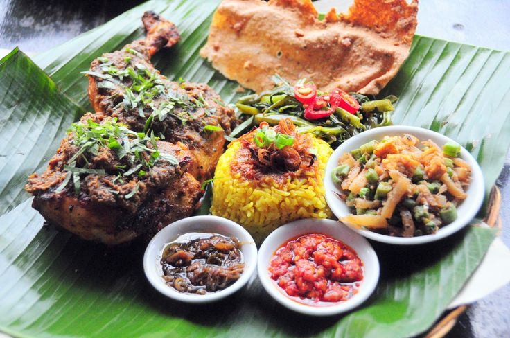Siap Memanggang - BBQ Chicken with Spicy Coconut Sauce and Turmeric Rice, Ole-Ole Bali @ Sunaway Pyramid