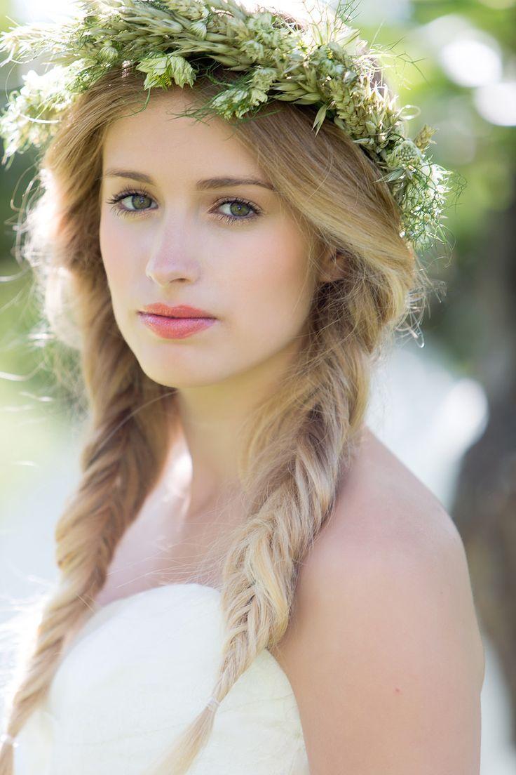 ほんのりピンクが愛らしい♡結婚式でおすすめの花嫁のリップカラー♡ウェディング・ブライダルの参考に♪