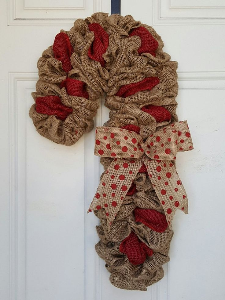 Best 25 candy cane wreath ideas on pinterest christmas for Burlap wreath with lights