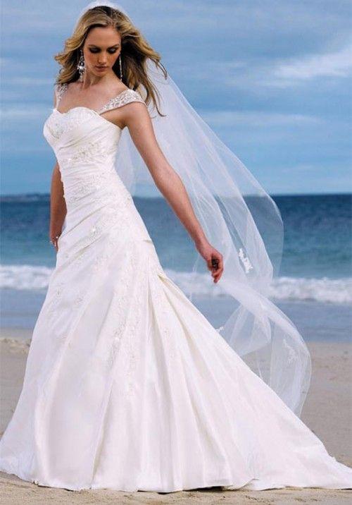 Strapless beach wedding dress #wedding #dress