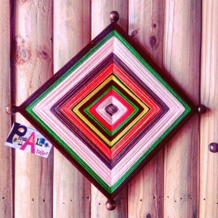Un pequeño ojo de Dios en tonos tierra para lograr estabilidad emocional (siempre necesaria) 😍💫✨ #patalbataller #emprendedora #artesana #diseñoindependiente  #diseñodeautor #mandalas #energías #armonía #decoración  #handmade #hechoconcariño