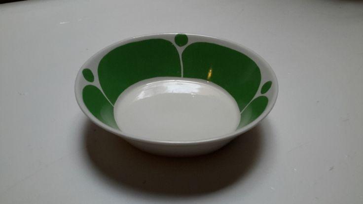 Arabia Finland, green Sunnuntai plate, designer Birger Kaipiainen 1971, very rare