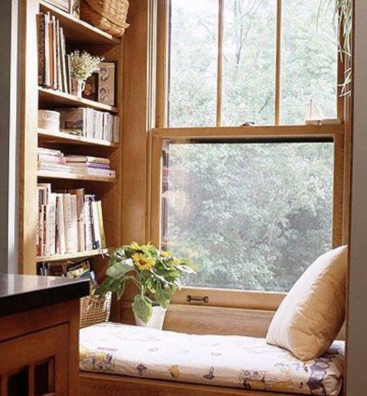 Si os gusta la lectura estos rincones os van a hacer soñar. Sillones muy cómodos y butacas amplias donde disfrutar de este placer.