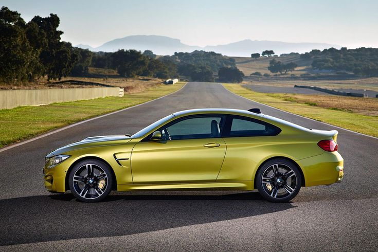 2015 BMW M3 & M4. Different color of course but dooope