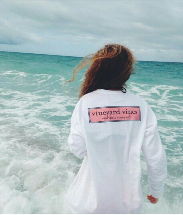 Does anyone know where i can buy this oversized vineyard vines shirt!! I can't find it on the website!