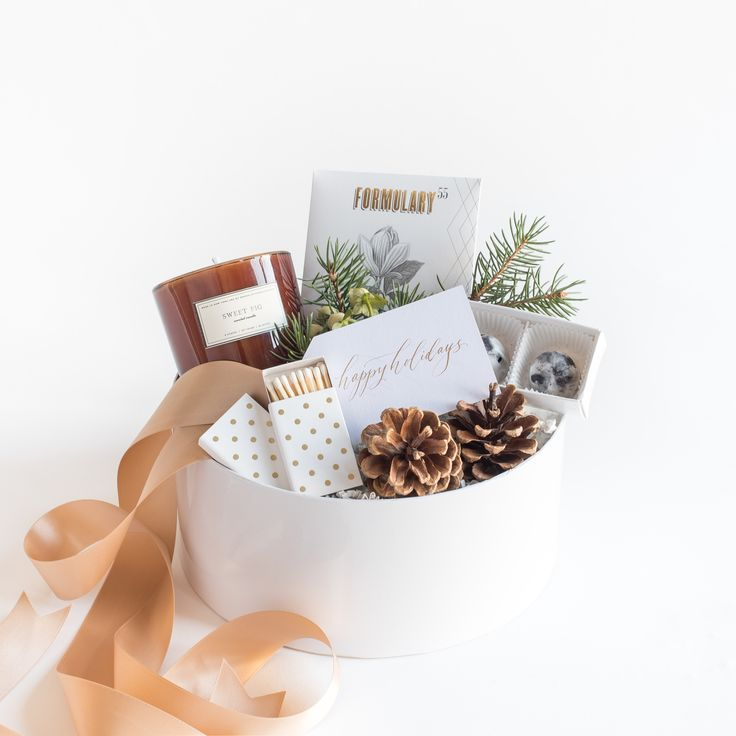 """CURATED HOLIDAY GIFT BOX by Marigold & Grey - The """"Merry & Bright"""" is perfect for client gifts, corporate gifts, family and friends. Offered with FREE SHIPPING and a handwritten message on your behalf. image: Laura Metzler Photography"""