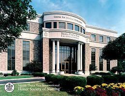 La STTI, se fundó en el años de 1922 en la Universidad de Indiana de Indianápolis. Inició con un solo capitulo constituido por seis miembros.