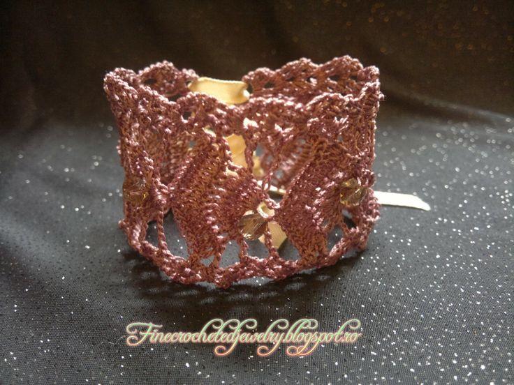 crochet lace bracelet www.finecrochetedjewelry.blogspot.ro