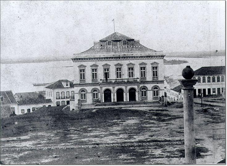 Porto Alegre, Praça da Matriz, Teatro São Pedro 1860
