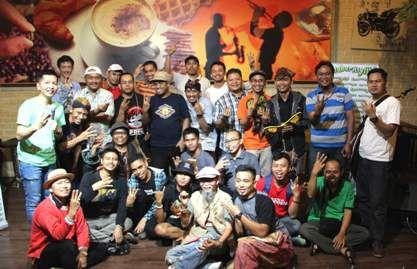 Daru Station » Asyiiik Blogger Laki, Bahas Pengrajin Tradisional Dengan Gaya Kekinian.