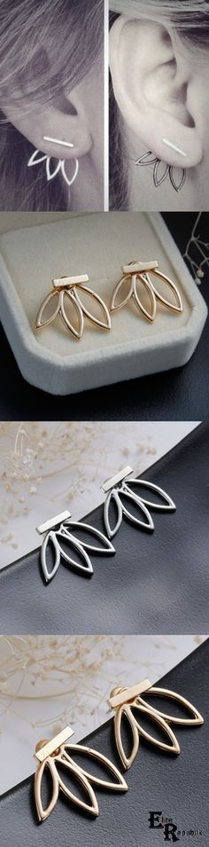 Hollow Flower Earrings in silver