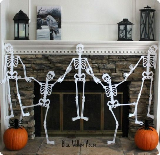 Dollar Store Dancing Skeleton Garland {PBK Inspired}