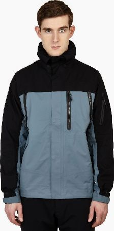 Nike Panelled White Label Gore-Tex Jacket The Nike Panelled Label Gore-Tex Jacket, seen here in blue. - - Demonstrating the technical innovation Nike™s White Label line is known for, this jacket is crafted from three layers of durable Gore-Te http://www.comparestoreprices.co.uk/january-2017-6/nike-panelled-white-label-gore-tex-jacket.asp