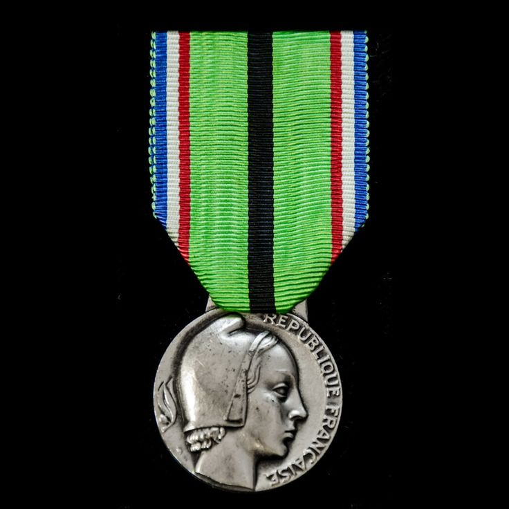 France: Medal for the Resistant Patriots of the Rhine and Moselle 1939-1945. - London Medal Company - Buy War Medals & Militaria Online