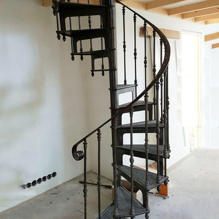 Best Decorative Outdoor Spiral Stair Cast Iron Spiral Staircase 400 x 300