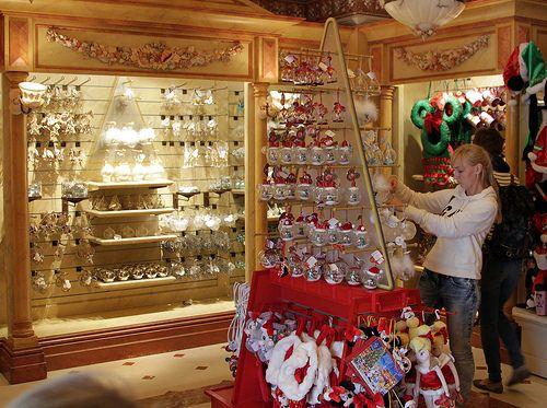 Christmas Shop Main Street Disneyland Paris Obtain Cash