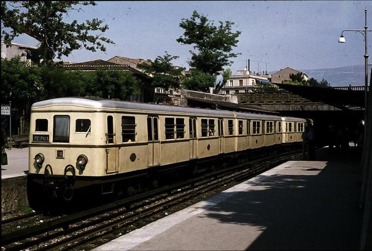 το τραίνο στο Θησείο
