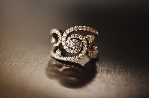how amazing is this engagement ring? // photo by MattandKatieBlog.com.au