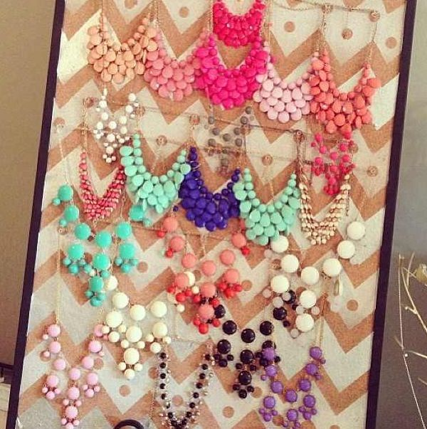 The Great Wall of Bubble Necklaces!  #bubblenecklace #preppy