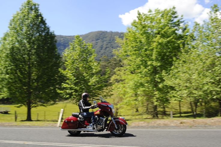 Indian Chieftain: http://motorbikewriter.com/2014-indian-chieftain-review/