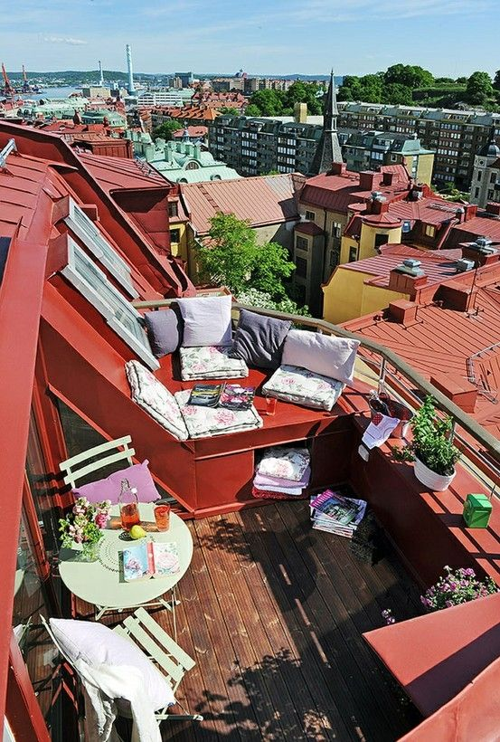 Roof patio: Rooftops Patio, Roof Decks, Small Apartment, Balconies, Roof Terraces, Roofdeck, Rooftops Terraces, Outdoor Spaces, Rooftops Decks