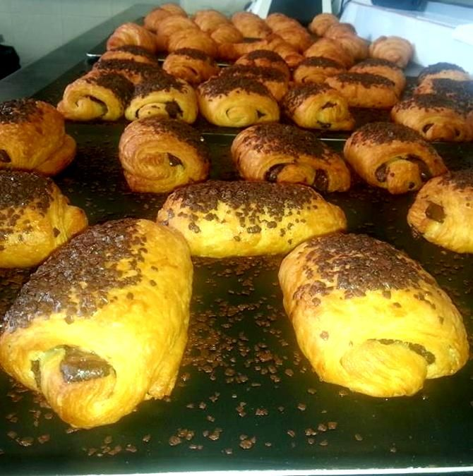 Croissants with Chocolate #Dionisis Alertas