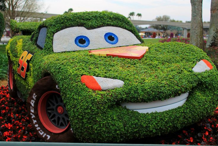 Cars Disney Topiary
