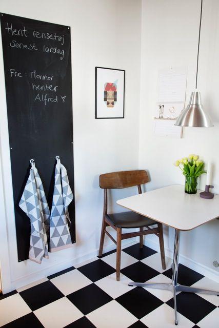 Via Cahetuliv   Kitchen   Black and White   Ferm Living   Chalkboard