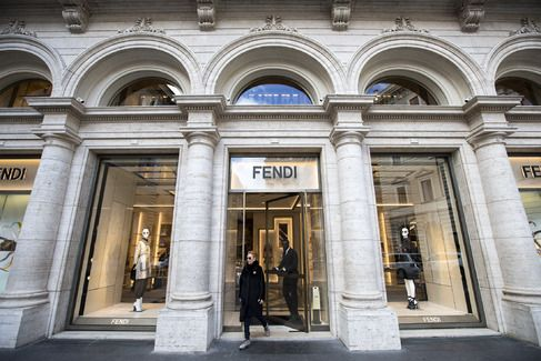 Palazzo Fendi in Rome Is Both a Boutique and a Hotel - Bloomberg Business