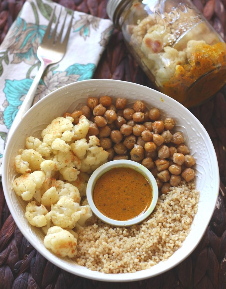 The perfect winter mason jar salad! It's warm and can be re-heated right in the jar. The combination of cauliflower, chickpeas & quinoa provide a well balanced meal.