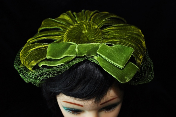 Vintage 60s Fascinator Hat with Veil 60s - Union Label.