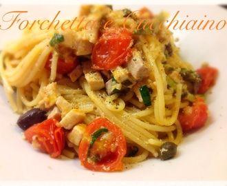 Spaghetti cremosi al ragu' di pesce spada, mandorle zucchine e capperi