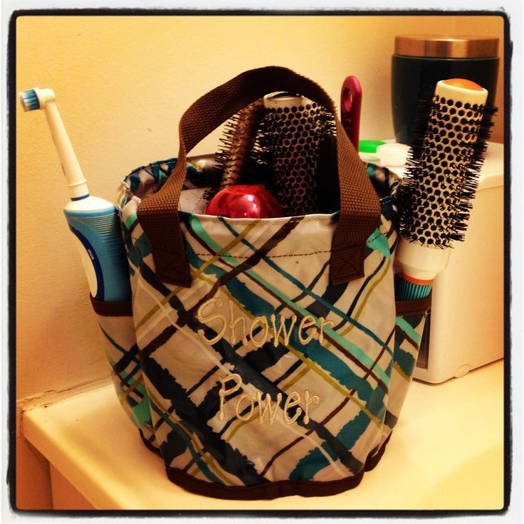 This is what you need when 4 people are sharing a very small bathroom!  Thirty-One's Round-About Caddy!  Or even for college students in dorms with shared bathrooms - carry your stuff to the bathroom easily and then put back in your room so no one takes your stuff!  :)