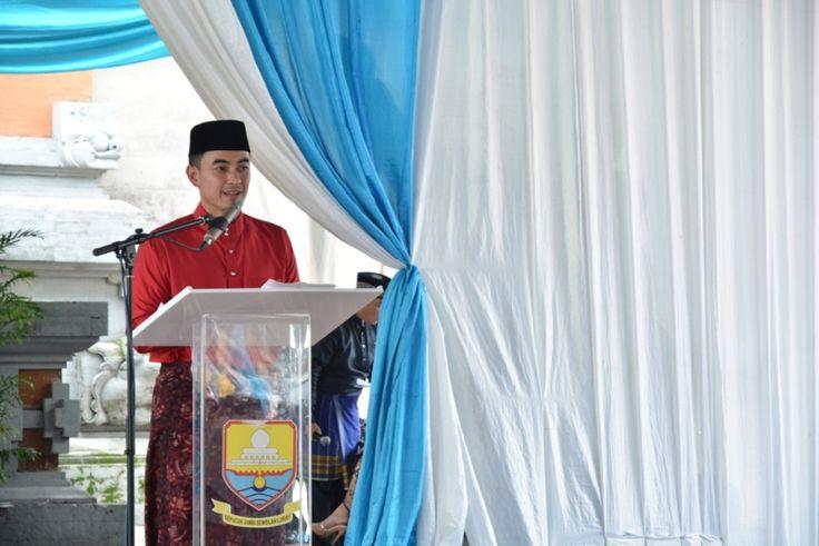 Zola : Pemrov Siap Permudah Investor Tanamkan Modal Di Jambi:http://www.intriktimes.com/http:/www.intriktimes.com/topik/intriktimes/zola-pemrov-siap-permudah-investor-tanamkan-modal-di-jambi/