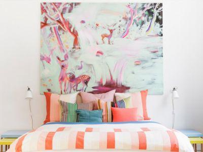79ideas_beautiful_bedroom_with_stunning_art