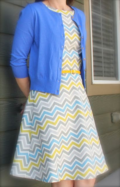So, I'm not really a chevron girl...but this is just so pretty! I love the color combo, and the belt just makes it. :)
