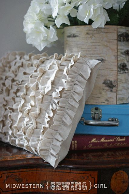 The V Spot: The cutest ruffled pillow ev-AH! A tutorial from Maggie at Midwestern {Sewing} Girl