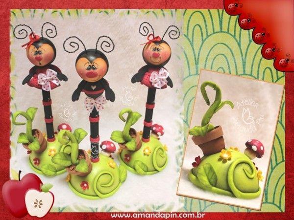 canetas decoradas + lembrancinhas personalizadas + festa joaninha