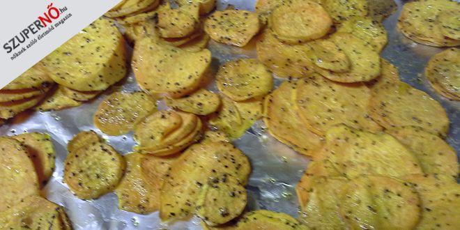 Édes krumpli A perui ősanyától származó édes krumpli az egyik legsokoldalúbb élelmiszernövény (gyökér), sok közép- és dél-amerikai, délkelet-ázsiai, afrikai országban mindennapi, alapvető táplálékként fogyasztják . Az USA déli államaiban nemzeti eledelnek számít. A hálaadás napi pulyka mellé sok helyen szinte kötelezően karamellízalt változatban kerül a nagytestű szárnyas mellé. Jöhet reggelire épp úgy, mint ebédre, vacsorára …