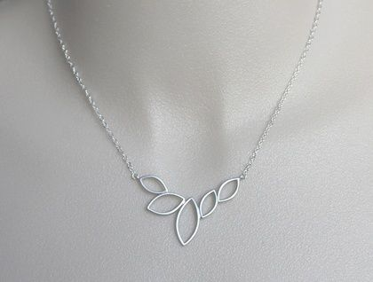 Silver Petal Necklace | Felt