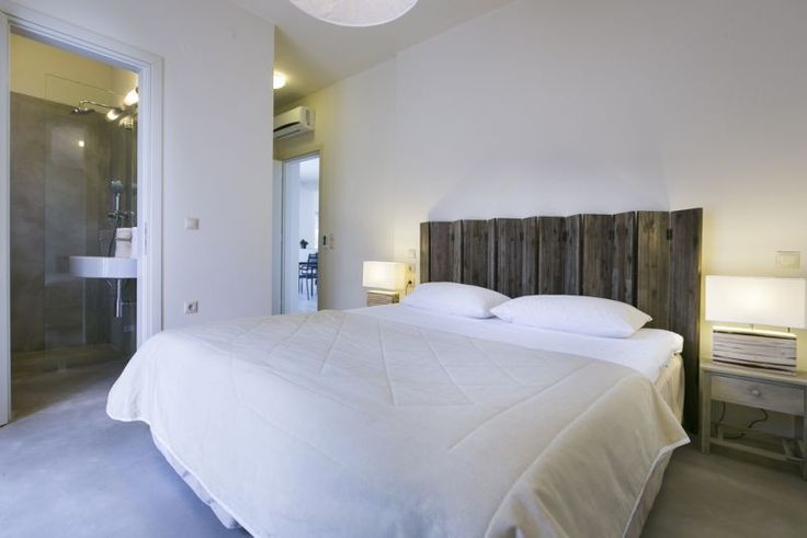 The master double bedroom has a private balcony with sea views and an en-suite shower room with a well placed window to enjoy the views whilst showering.