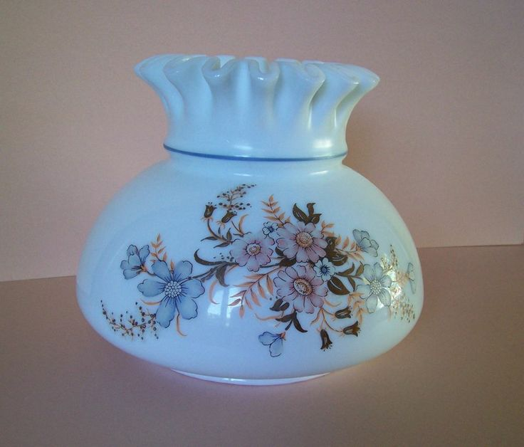 Vintage Gwtw Oil Lamp Shade White Glass W Floral Pattern